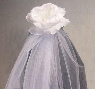 Фата для девичника Цветок белая