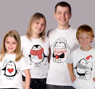 Семейные футболки на четверых Пингвинчики новогодние