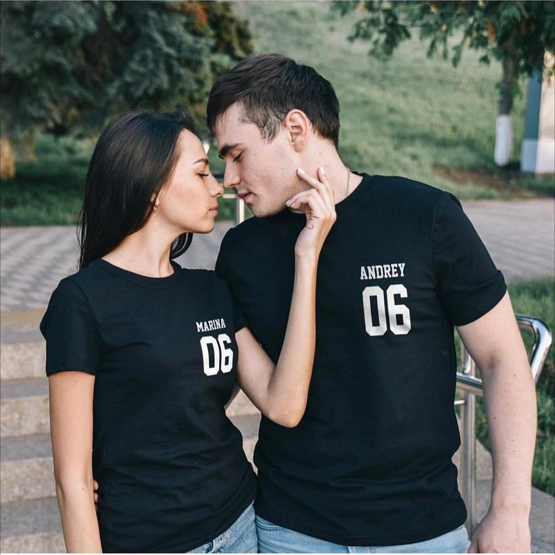 Парные именные футболки с Именем и номером слева на груди