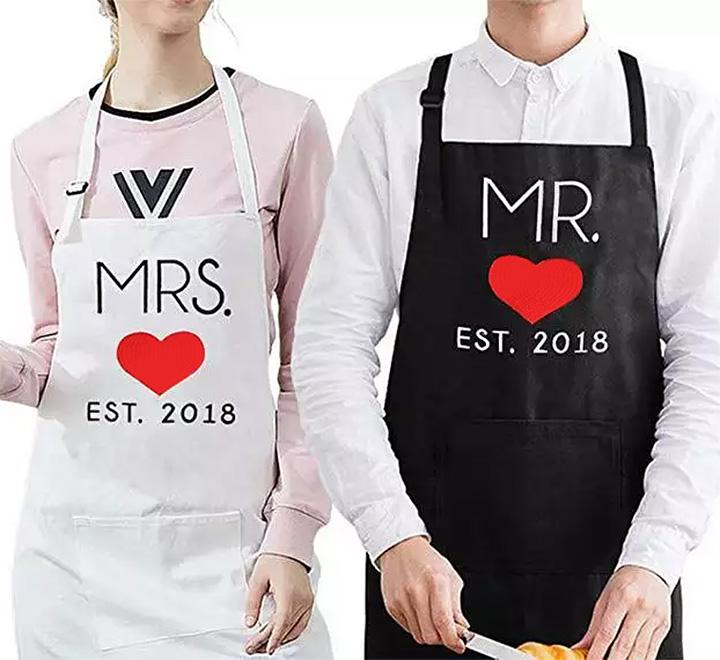 """Парные фартуки на годовщину свадьбы """"Mr/ Mrs"""" ваш год свадьбы"""