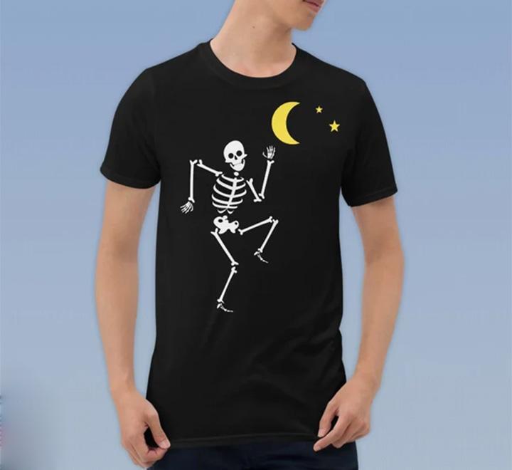 """Футболка на Хэллоуин """"Скелет и луна"""""""