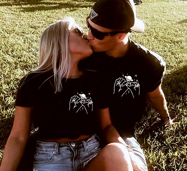 """Парные футболки для влюбленных """"Ты мой космос"""" руки"""