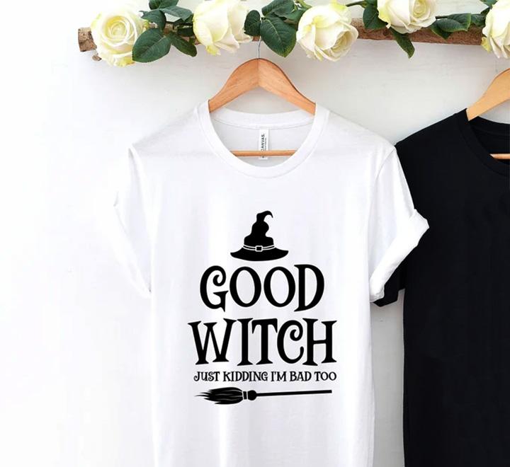 Футболка женская приталенная Good witch метла