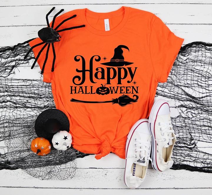 """Женская оранжевая футболка  """"Happy halloween"""" метла"""