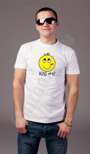 """Футболка """"Kiss me"""" /смайл/ фото 0"""