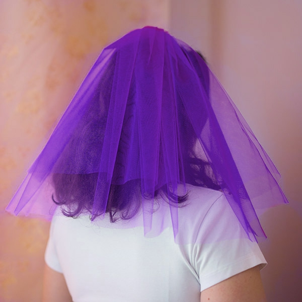 Фиолетовая фата