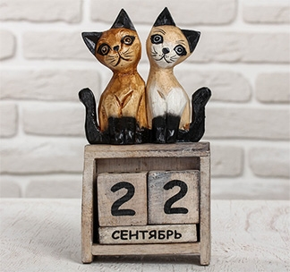 """Деревянный календарь """"Кошечки"""""""