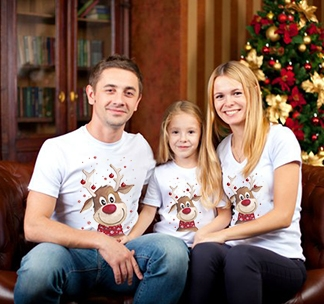 """Новогодние семейные футболки """"С оленем -2"""""""